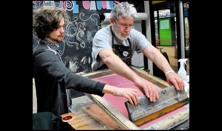 FEATURED COURSE - Screen Printing T-Shirts